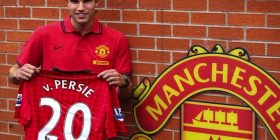 Robin Van Persie - Manchester United strikers v Manchester City